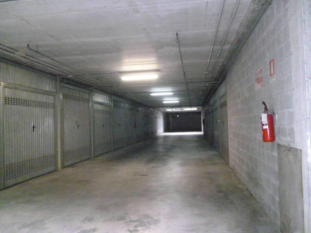Box / Garage in affitto a Paderno Dugnano, 9999 locali, prezzo € 190   CambioCasa.it