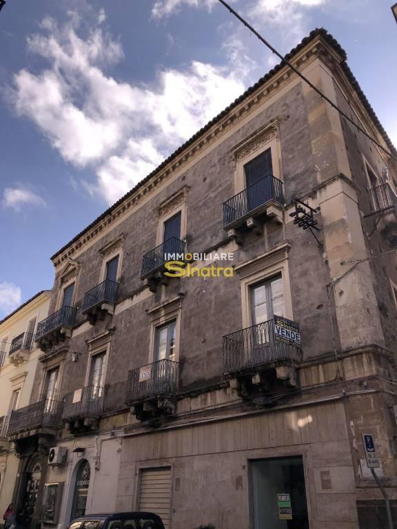 Appartamento da ristrutturare in vendita Rif. 8774060
