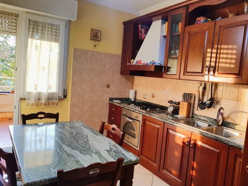 Appartamento in ottime condizioni in vendita Rif. 8776214