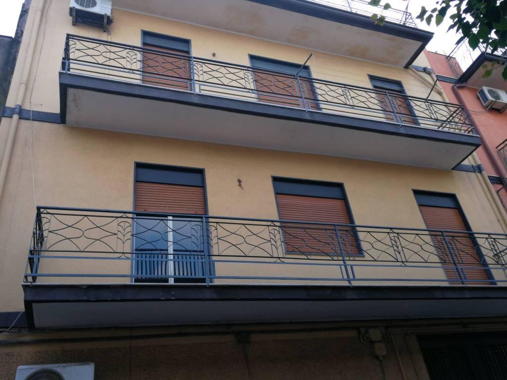Appartamento da ristrutturare in vendita Rif. 8774061