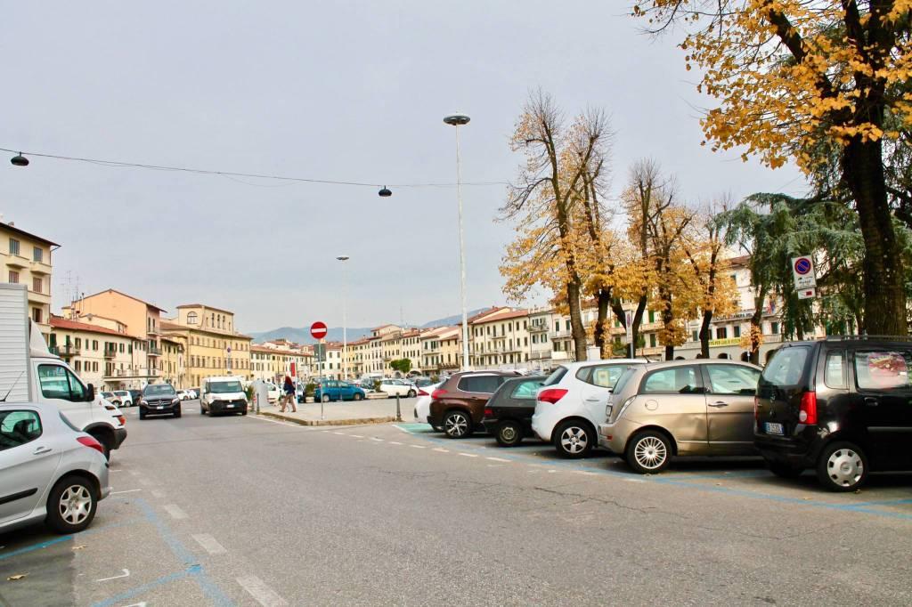 PRATO. Zona piazza Mercatale locale commerciale Rif. 8775880