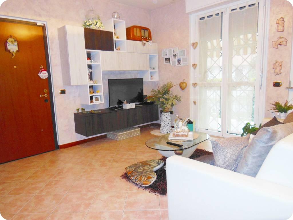 Appartamento in ottime condizioni in vendita Rif. 8775933