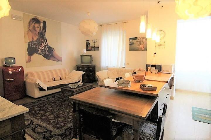 Ampio appartamento viale Kennedy