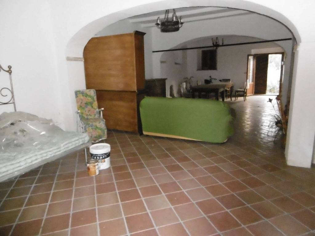 Rustico / Casale da ristrutturare in vendita Rif. 8787381