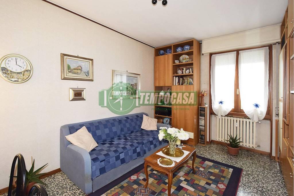 Appartamento in buone condizioni in vendita Rif. 8787145