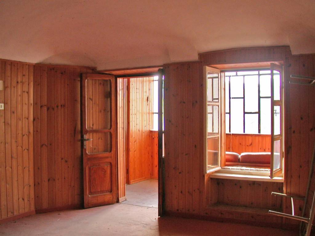 Appartamento da ristrutturare in vendita Rif. 9151668