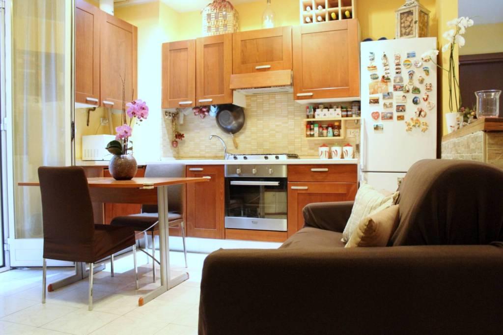 Appartamento in buone condizioni in vendita Rif. 8787971