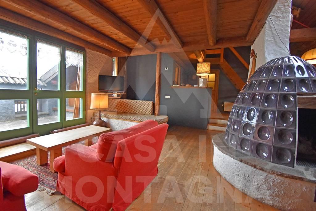 Appartamento in buone condizioni arredato in affitto Rif. 8787746