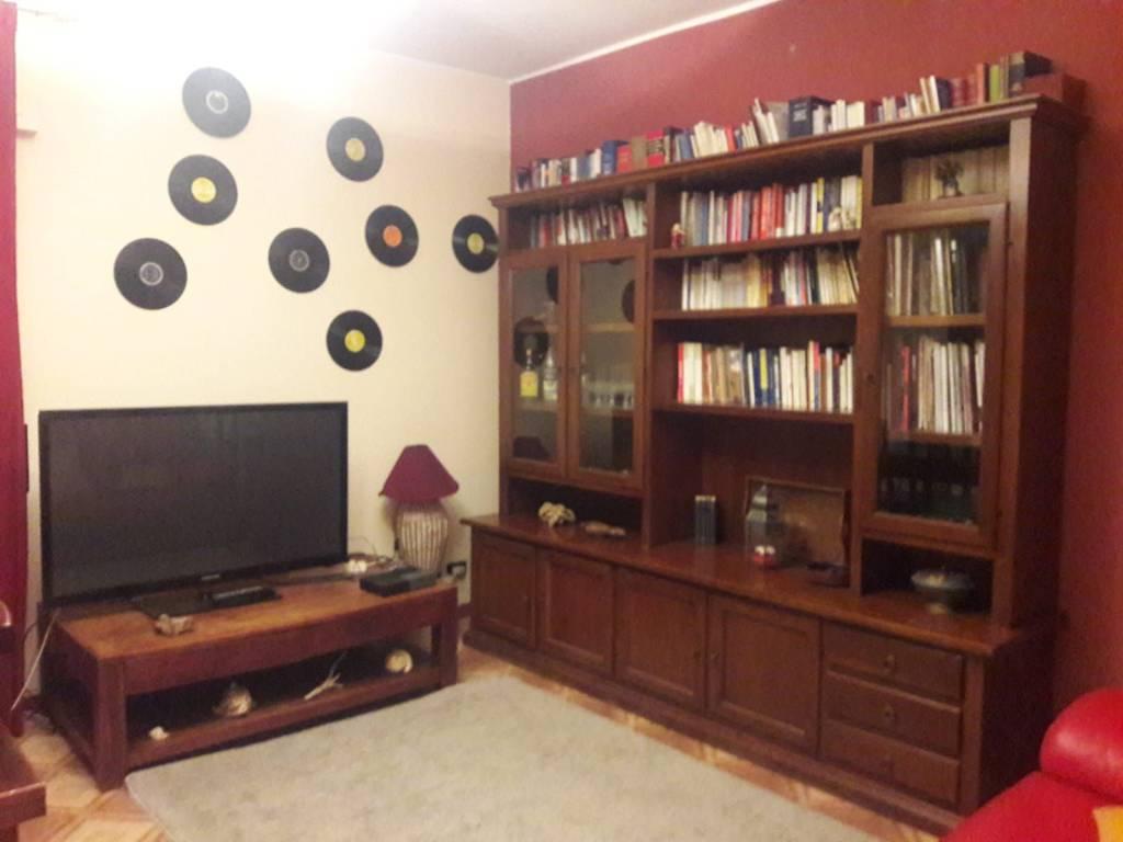 Appartamento in ottime condizioni arredato in affitto Rif. 8794983