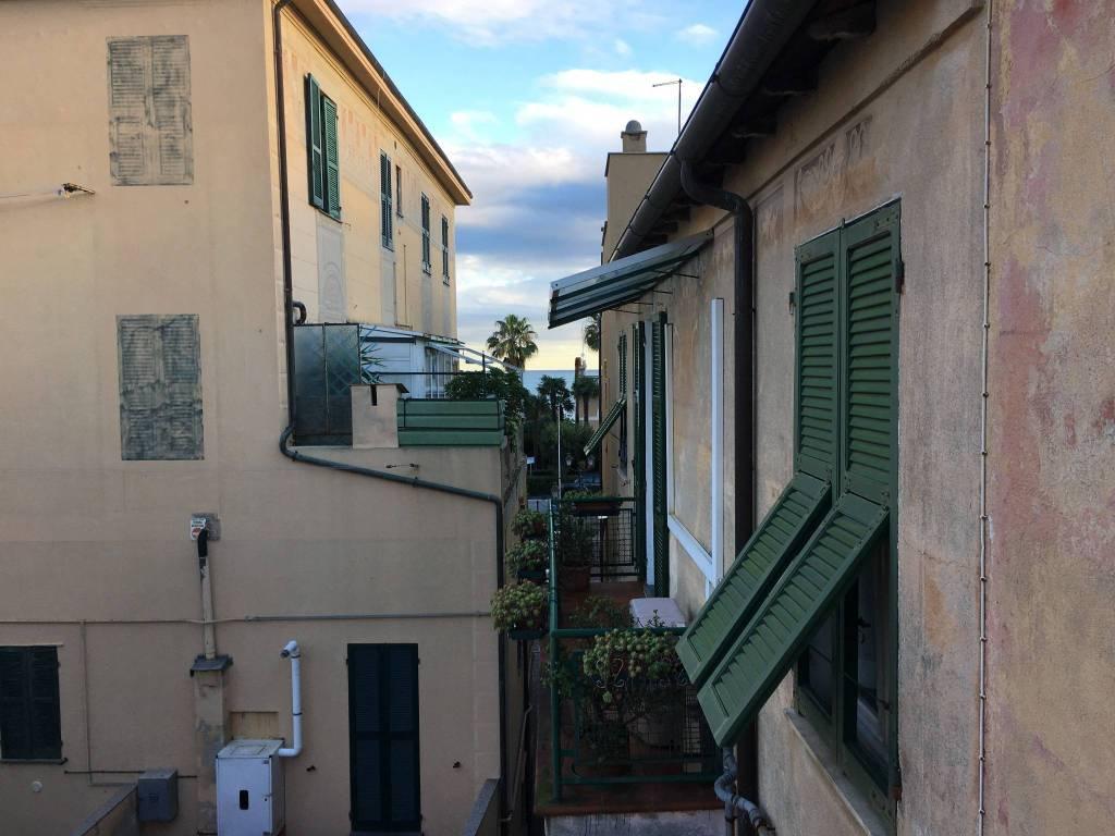 Appartamento in ottime condizioni arredato in vendita Rif. 8795444