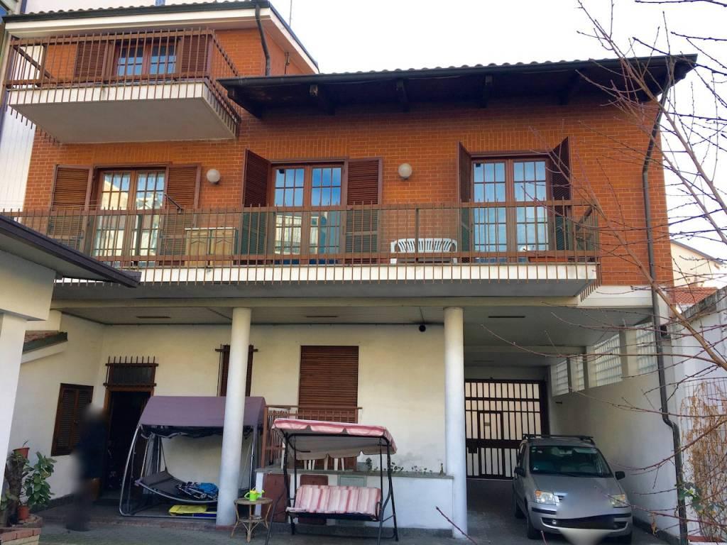 Foto 1 di Casa indipendente via Pietro Thermignon, Torino (zona Parella, Pozzo Strada)