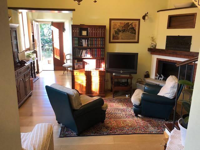 Villa in ottime condizioni parzialmente arredato in vendita Rif. 8795469