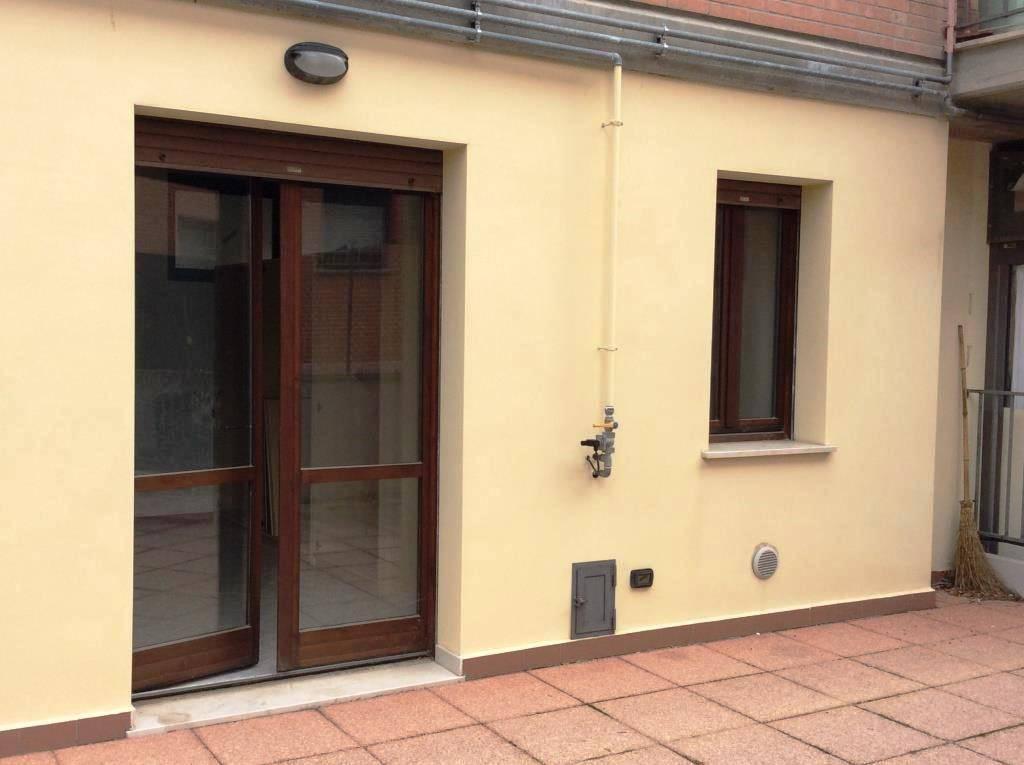 Appartamento in buone condizioni in vendita Rif. 8804178
