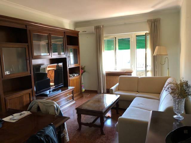 Appartamento in vendita a Roma, 2 locali, zona Zona: 16 . Appia nuova - Alberone - Colli Albani, prezzo € 325.000 | CambioCasa.it