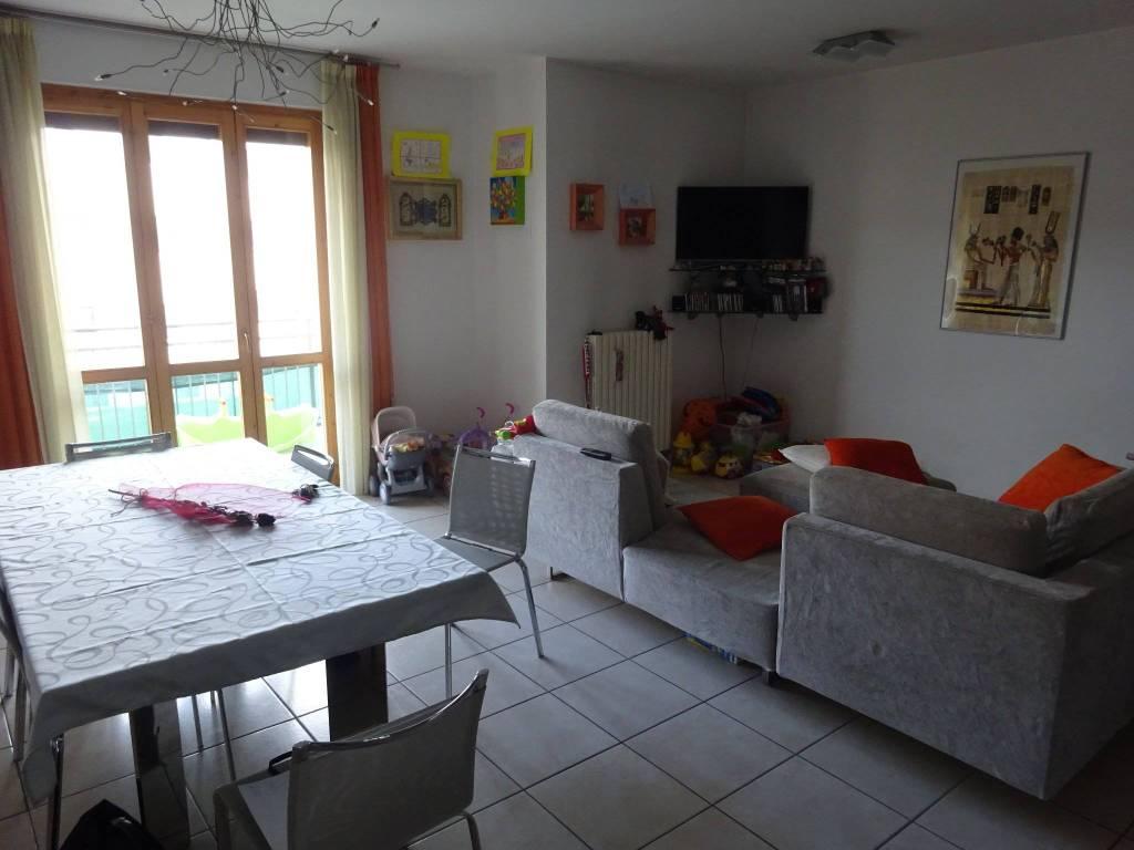 Appartamento in ottime condizioni in vendita Rif. 8803812