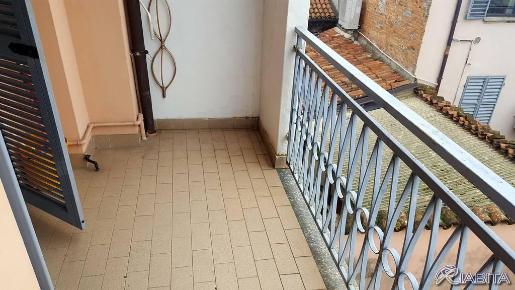 Appartamento in Affitto a Piacenza Centro: 2 locali, 55 mq