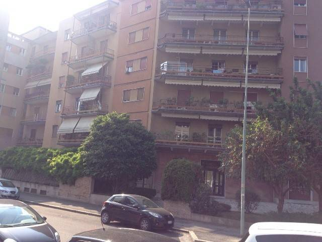Appartamento in buone condizioni arredato in affitto Rif. 9286718