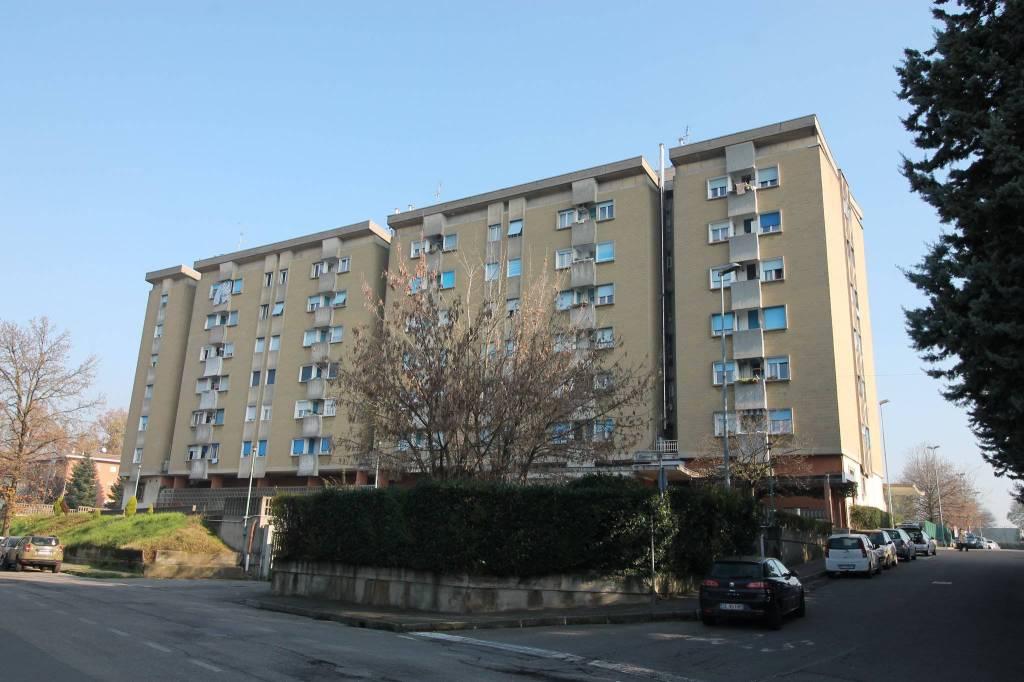 Appartamento in buone condizioni in vendita Rif. 8803300