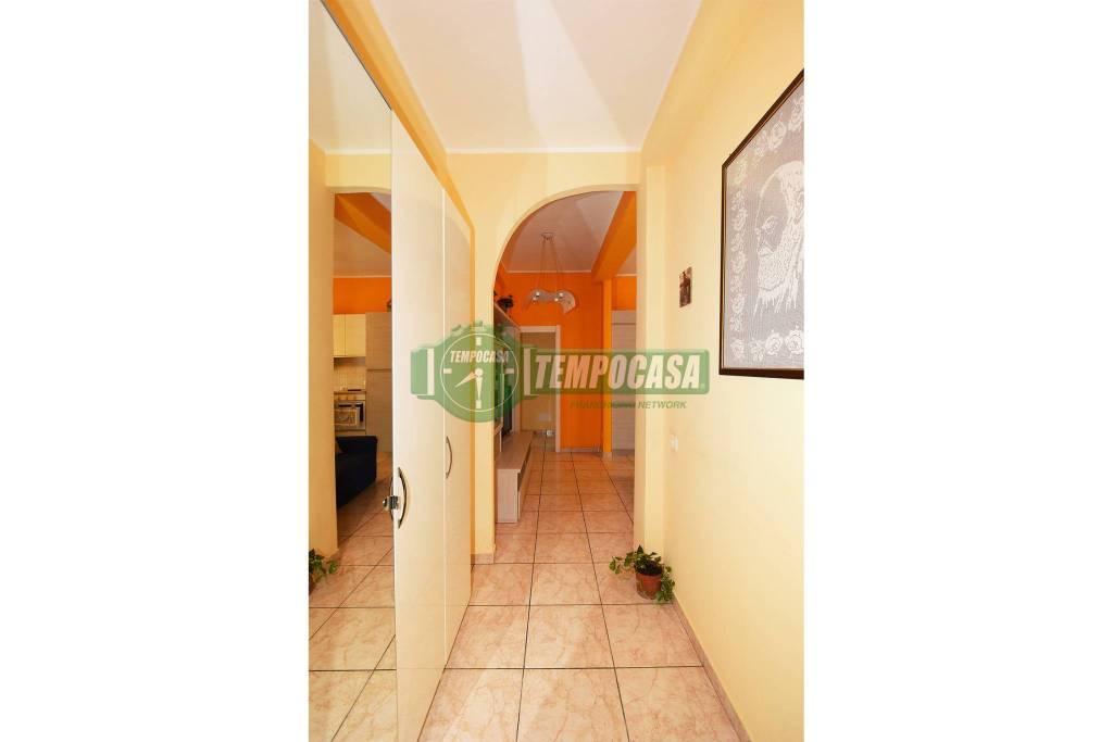 Appartamento in ottime condizioni in vendita Rif. 8927419