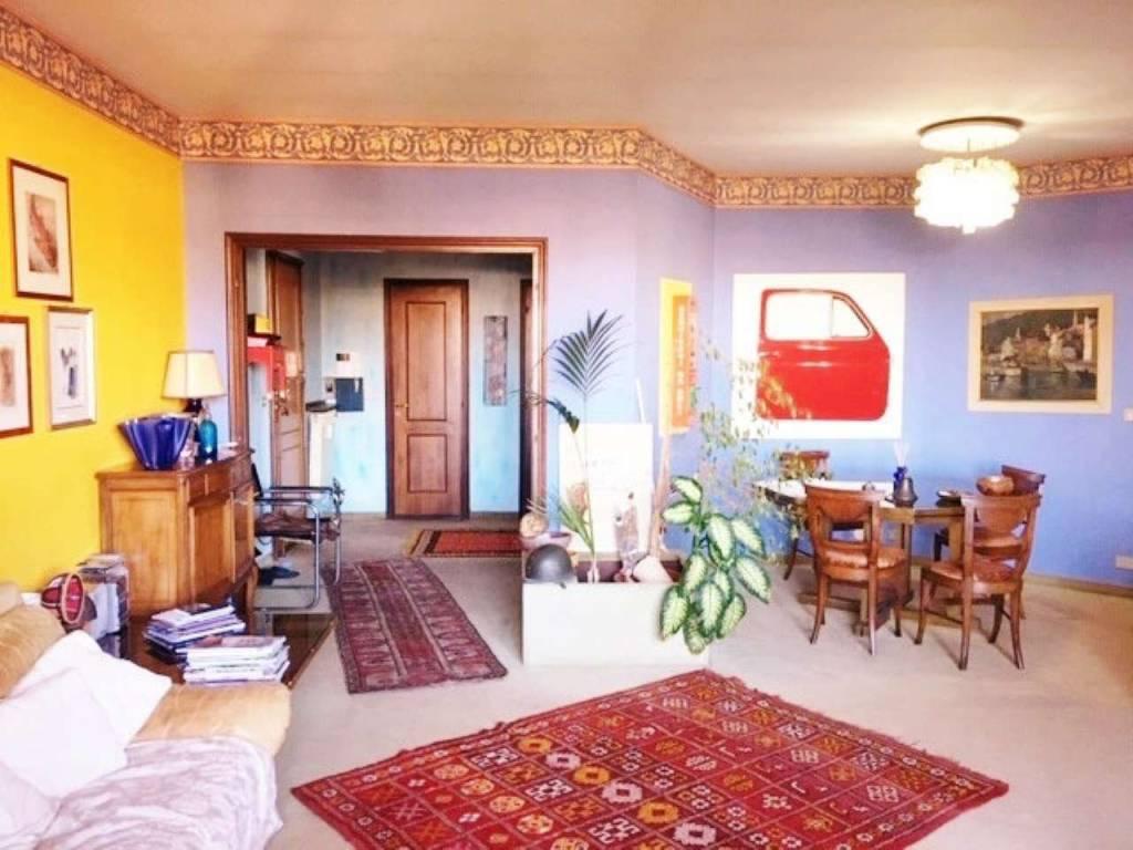 Appartamento in vendita a Rivoli, 5 locali, prezzo € 299.000 | CambioCasa.it