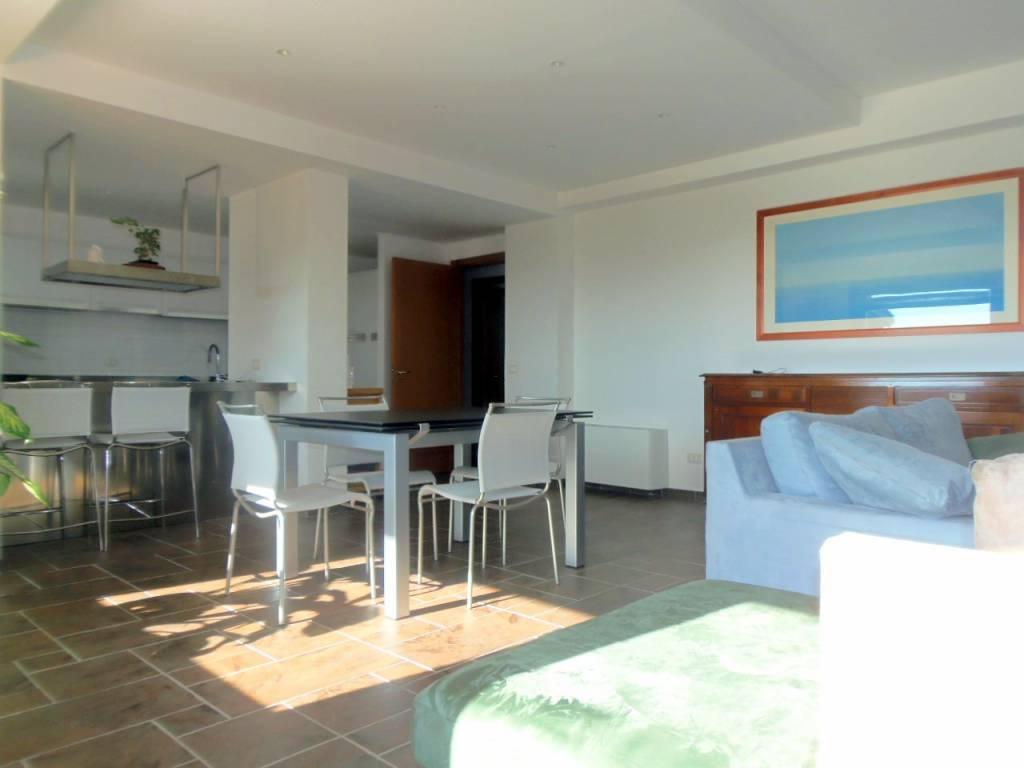 Villa in ottime condizioni arredato in vendita Rif. 8803007