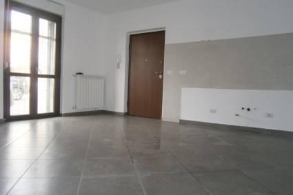 Appartamento in ottime condizioni in affitto Rif. 8813868