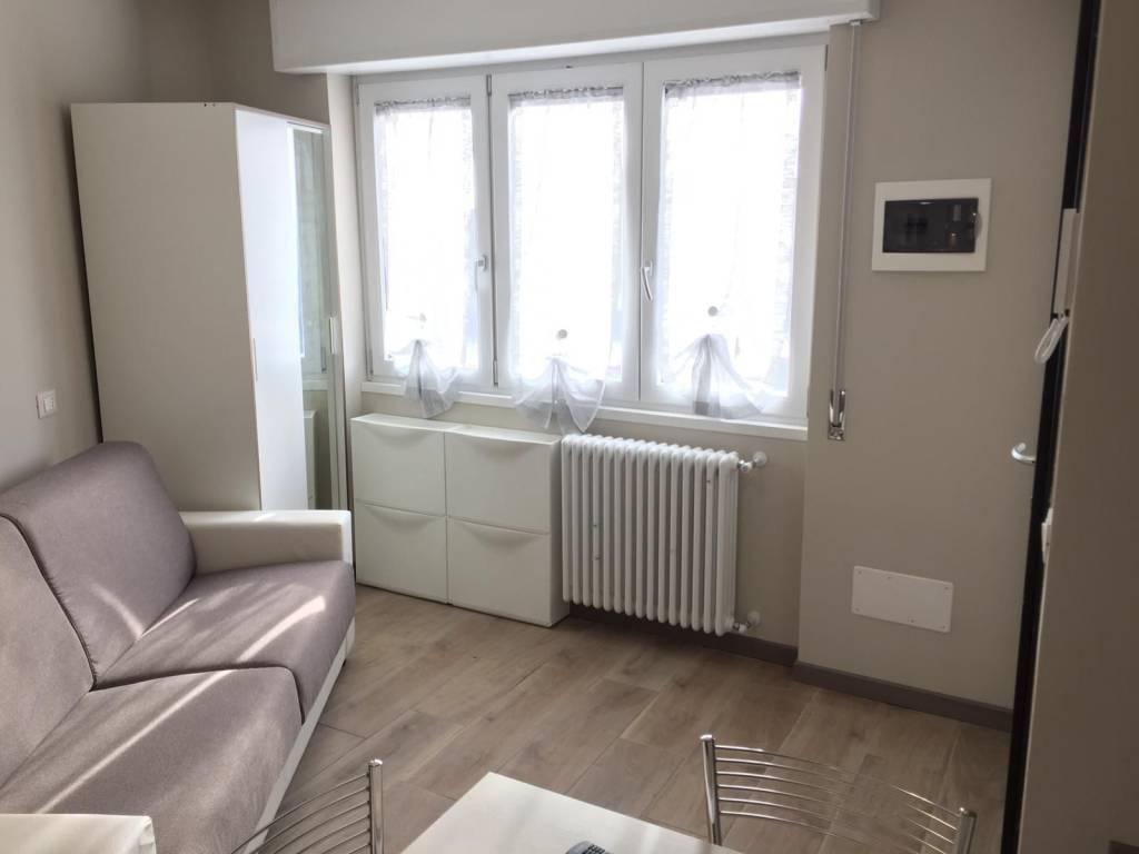 Appartamento in ottime condizioni arredato in affitto Rif. 8938337