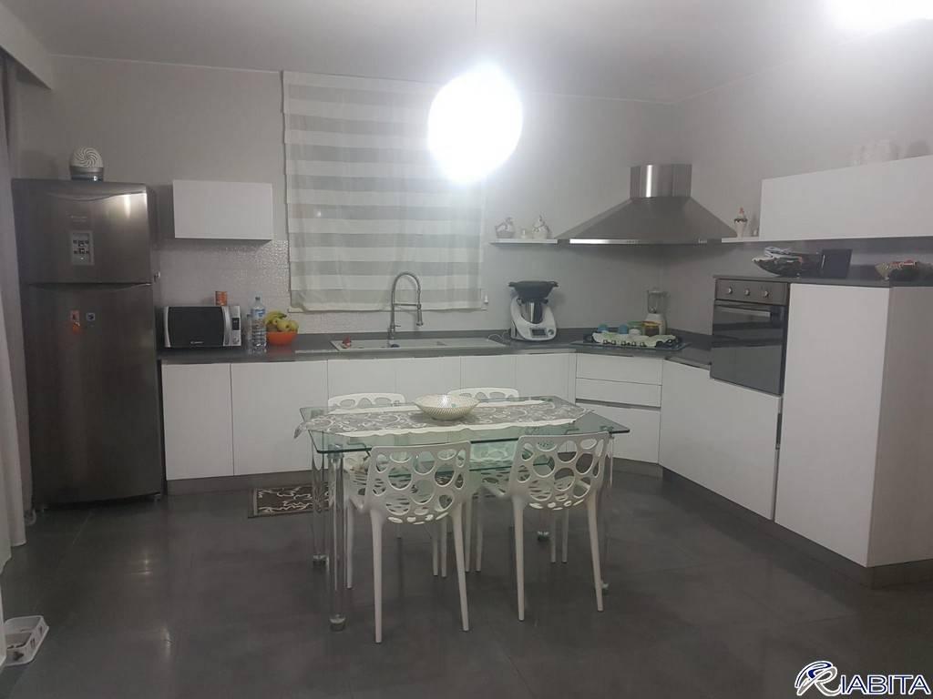 Appartamento in Vendita a Podenzano Periferia: 4 locali, 141 mq