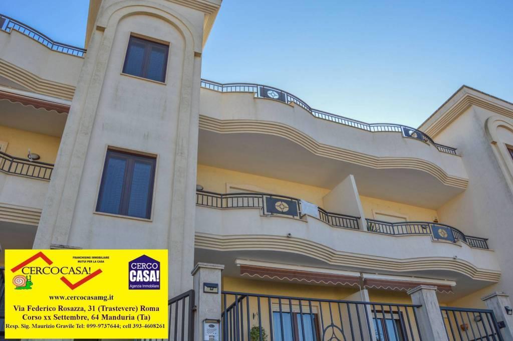 Appartamento in ottime condizioni in vendita Rif. 8814837