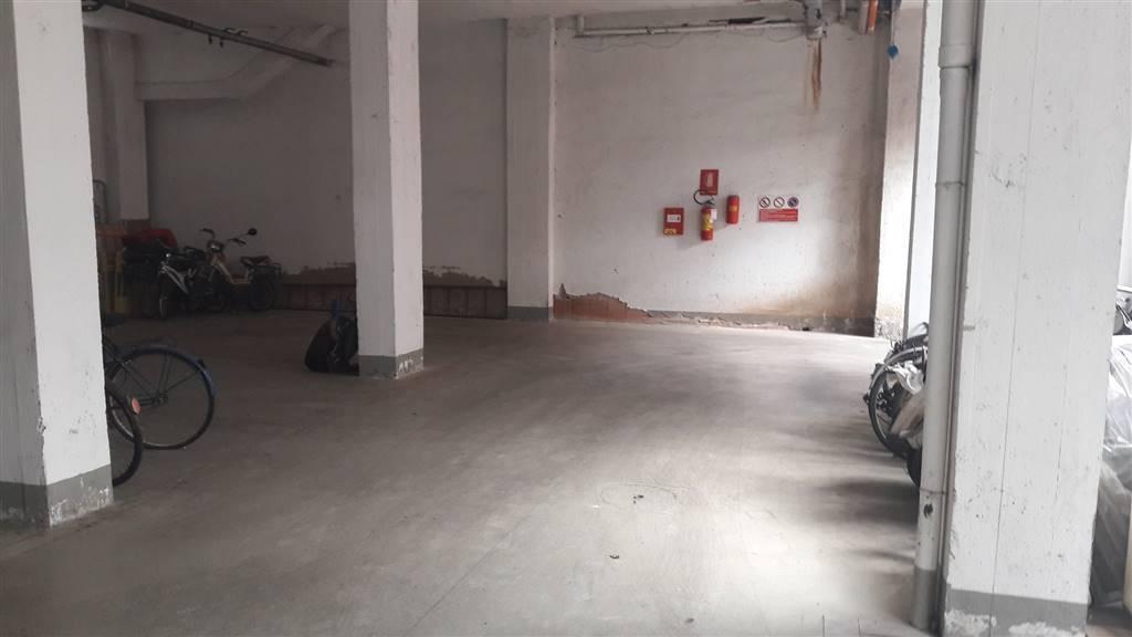 Box e posti auto in vendita Rif. 8817441