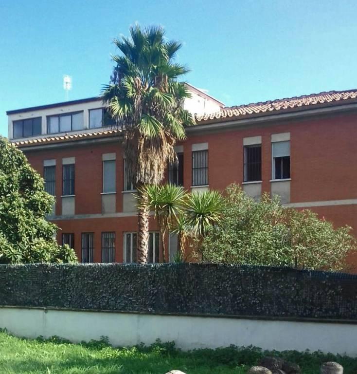Stabile / Palazzo in ottime condizioni arredato in vendita Rif. 8819571