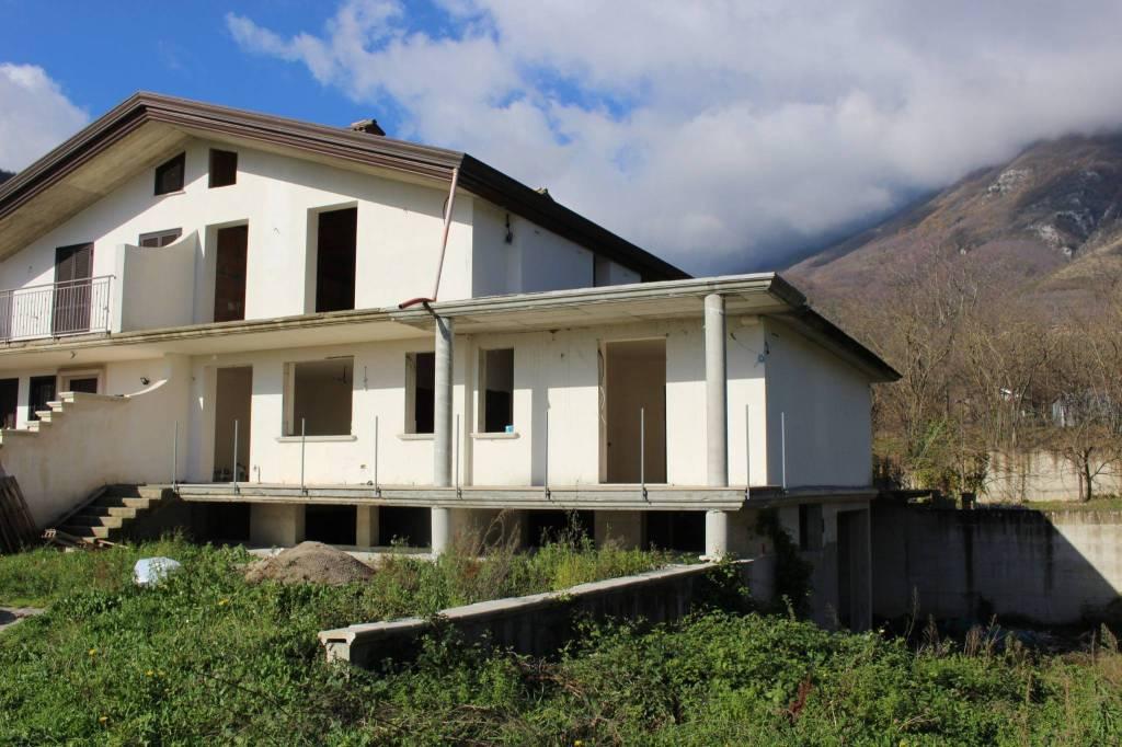 Villa in vendita Rif. 8814063