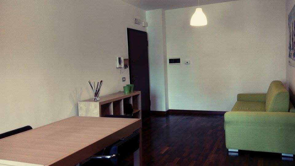 Appartamento in ottime condizioni arredato in vendita Rif. 8819474