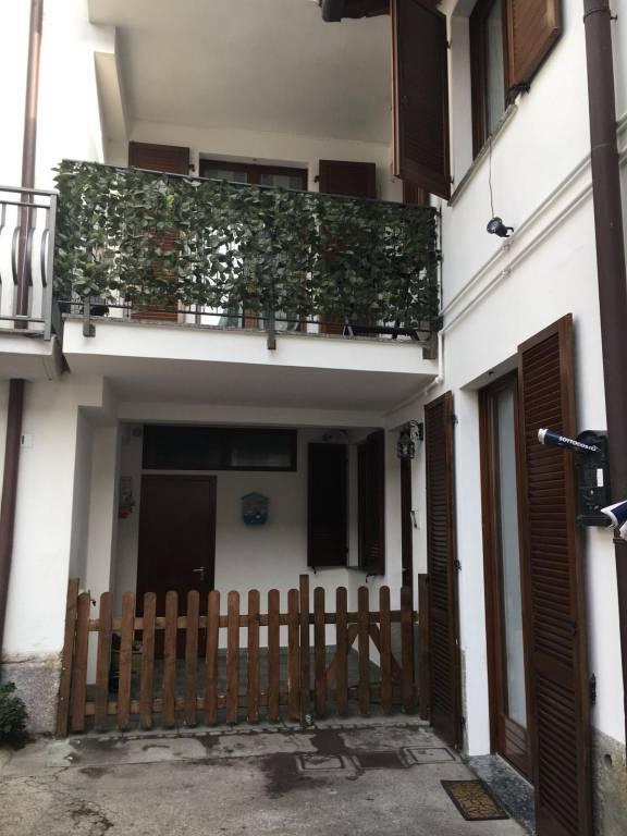 Appartamento in ottime condizioni in vendita Rif. 8814066