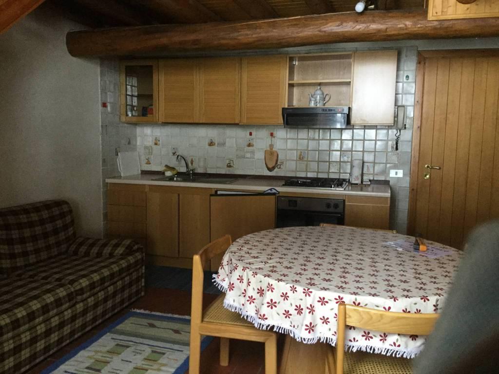 Appartamento in vendita a Ponte di Legno, 3 locali, prezzo € 59.000 | CambioCasa.it