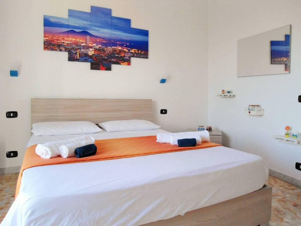 Villa trilocale in affitto a Napoli (NA)