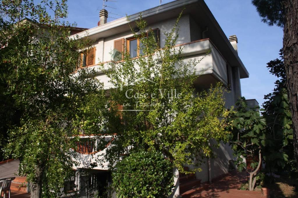 Casa Indipendente in buone condizioni in vendita Rif. 8815993
