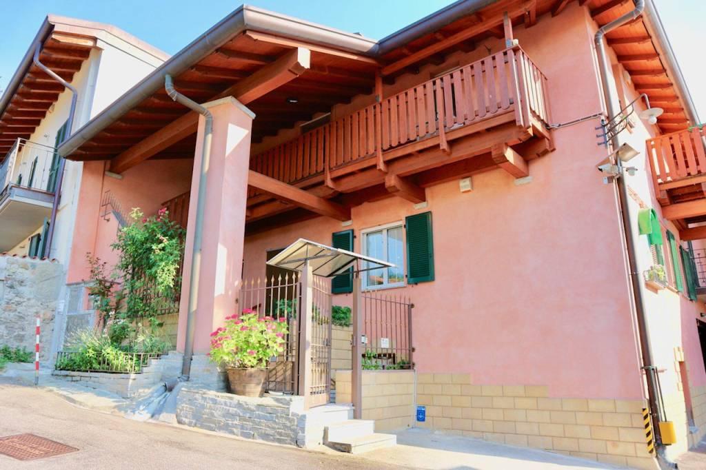 Appartamento in vendita a Lipomo, 3 locali, prezzo € 228.000 | CambioCasa.it