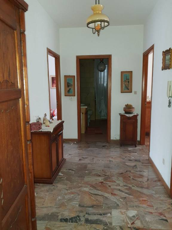 Appartamento in vendita a Canale, 4 locali, prezzo € 103.000 | CambioCasa.it