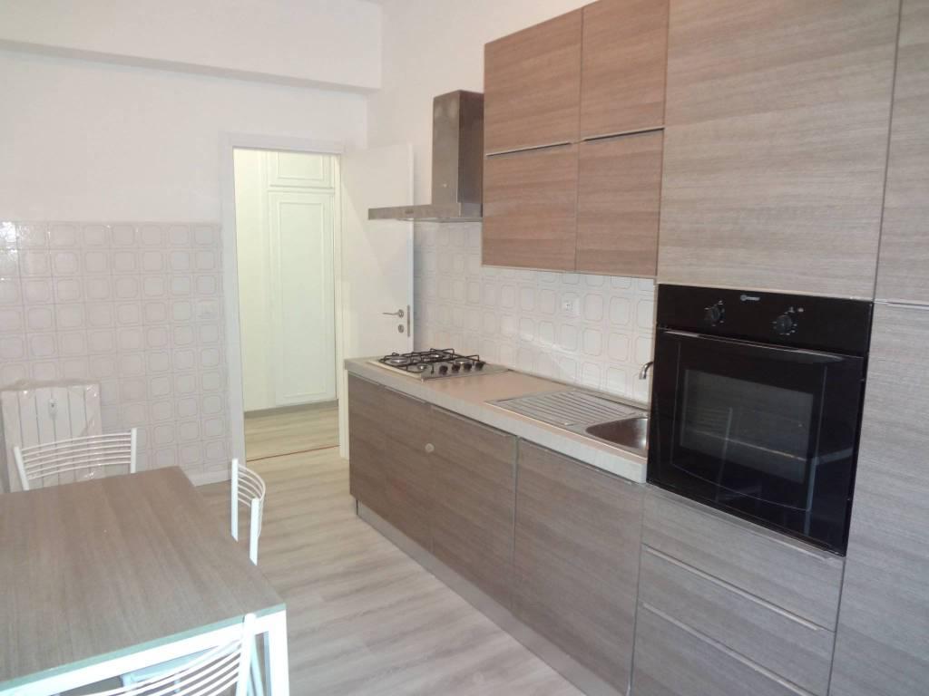 Appartamento in ottime condizioni arredato in affitto Rif. 9192788