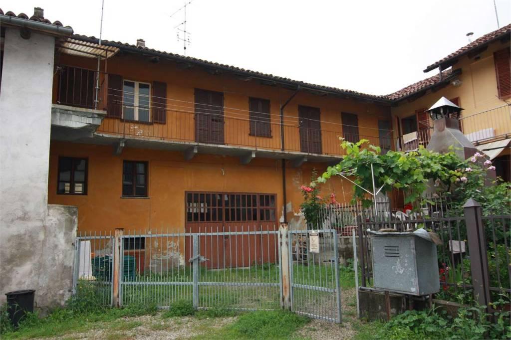 Soluzione Indipendente in vendita a Diano d'Alba, 10 locali, Trattative riservate   PortaleAgenzieImmobiliari.it