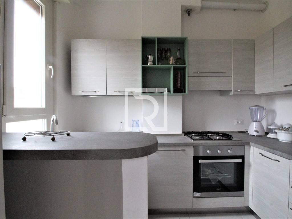 Appartamento in ottime condizioni arredato in vendita Rif. 9046886