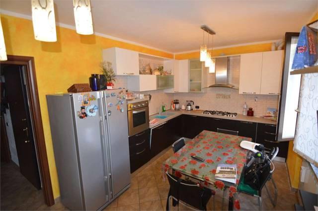 Appartamento in ottime condizioni in vendita Rif. 6949891