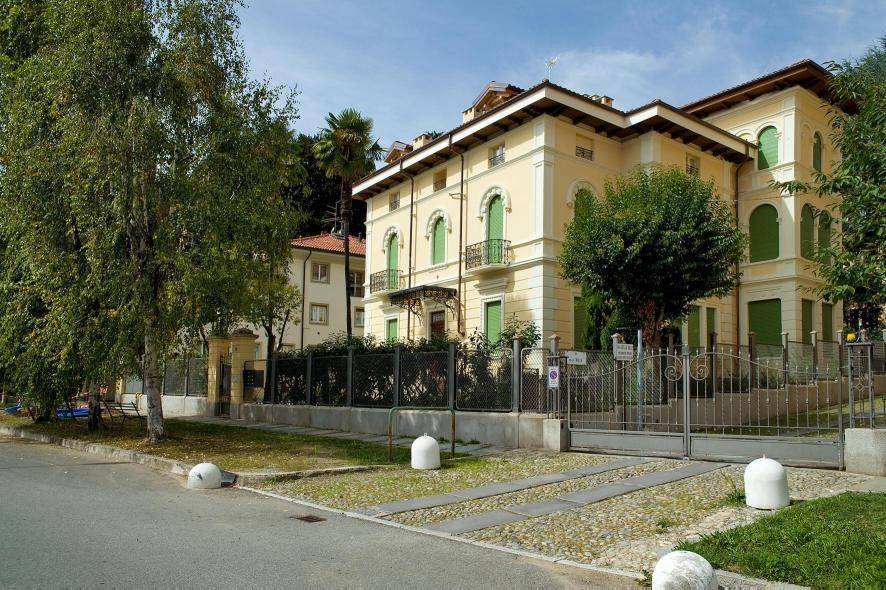 Affittasi alloggio in villa