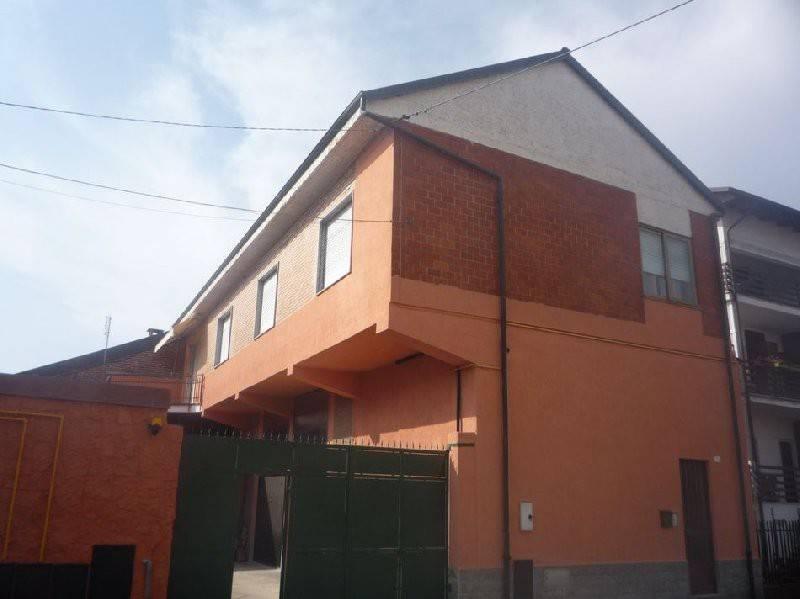 Soluzione Indipendente in affitto a Foglizzo, 4 locali, prezzo € 400 | CambioCasa.it