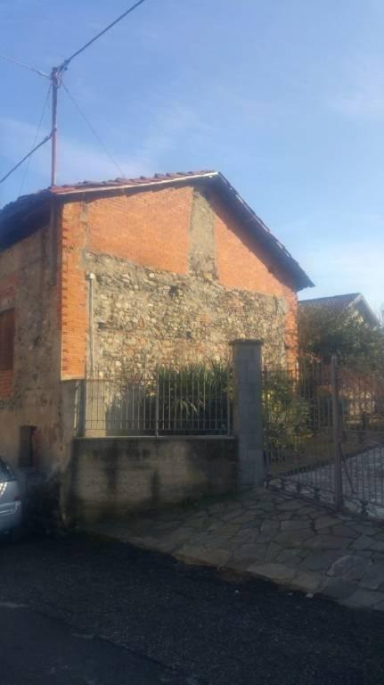 Rustico / Casale in vendita a San Martino Canavese, 6 locali, prezzo € 25.000 | CambioCasa.it
