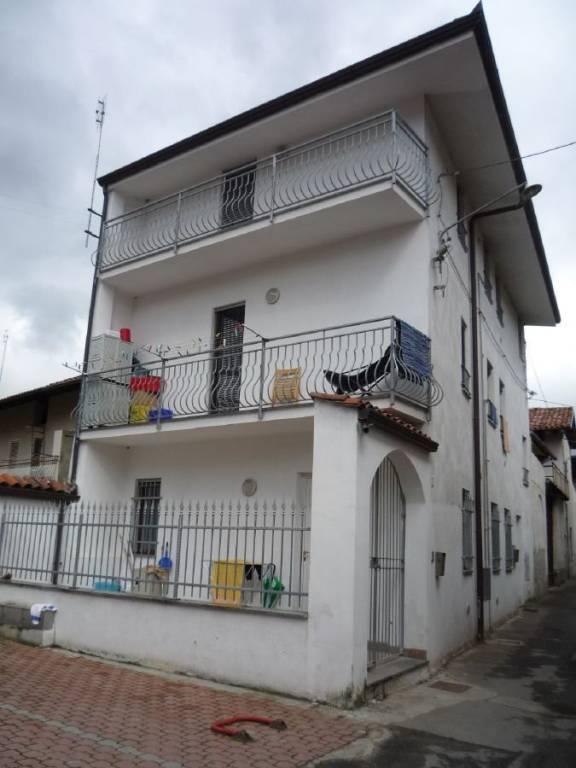Appartamento in affitto a San Giorgio Canavese, 2 locali, prezzo € 300 | CambioCasa.it