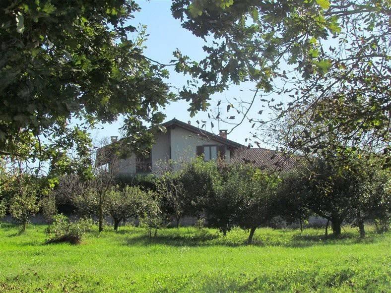 Villa in vendita a Caluso, 6 locali, prezzo € 349.000 | CambioCasa.it