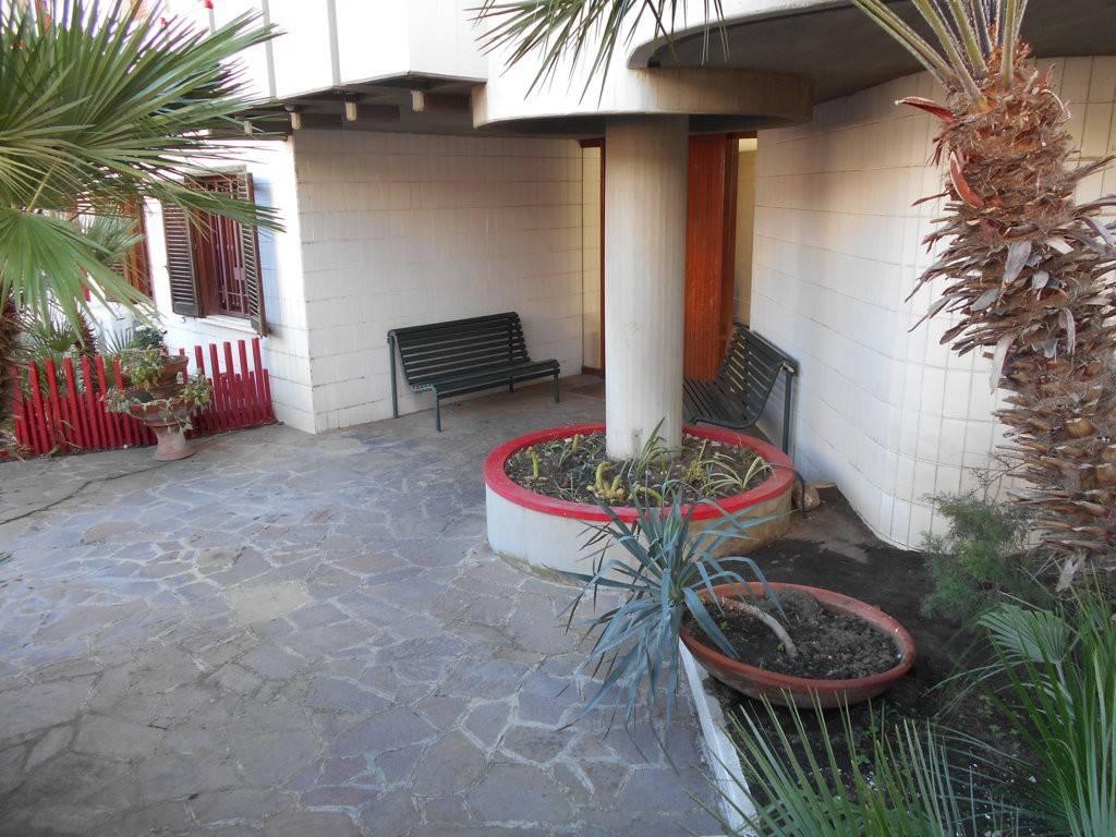 Appartamento in ottime condizioni in vendita Rif. 8828781