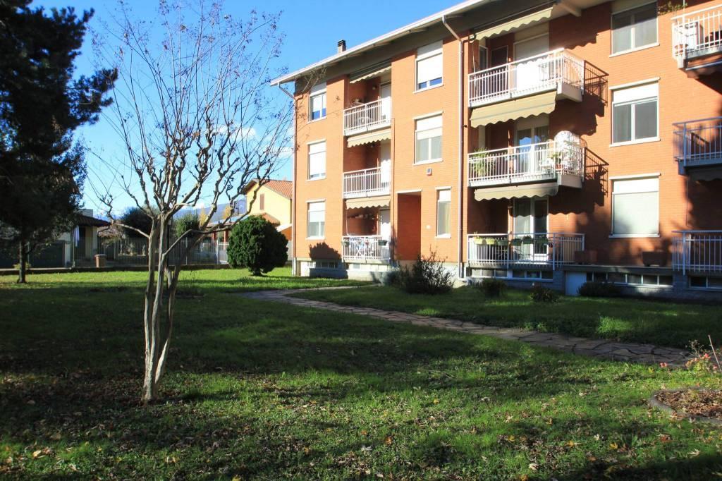 Appartamento in buone condizioni in vendita Rif. 8834122